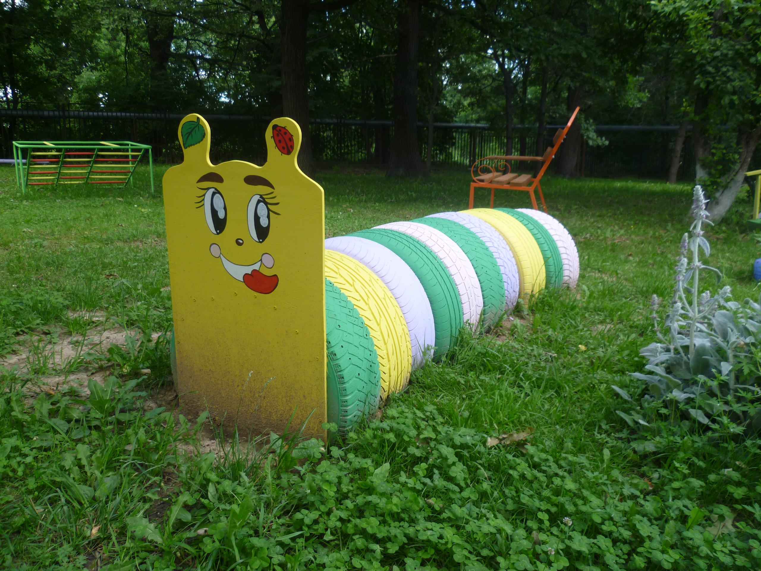 Поделки из шин для детской площадки у дома