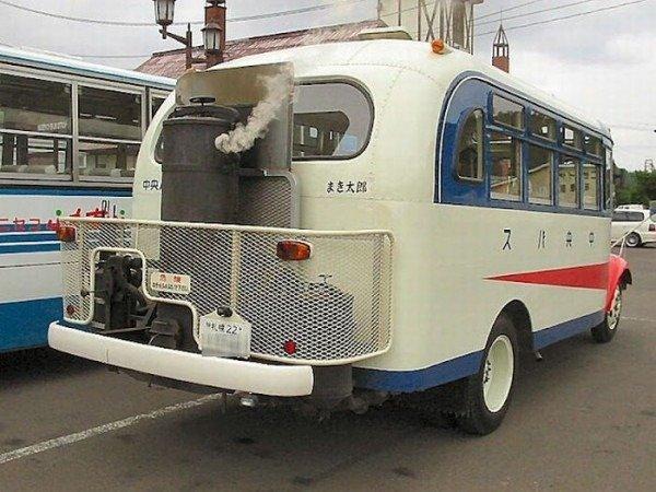 Газогенераторный автобус в музее Япония