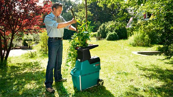 Садовый измельчитель для веток