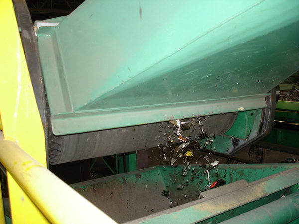 Вторичная переработка отходов стекла